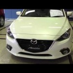 最新車 MAZDA 新型アクセラ セダン 15S SKYACTIV-G ホワイトが似合うセダン!