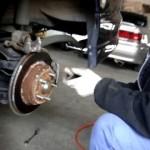 【岡田自動車】ステップワゴンのブレーキパット交換