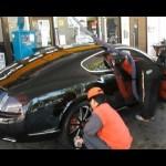 ベントレーをプロが洗車,ホストの手洗い高級車,Bentley,Car wash,Japan,Gas station,名古屋 ホストクラブ