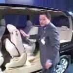 新型「ホンダ・ステップワゴン」の、シートアレンジの方法