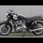 Triumph Bonneville T100 【トライアンフ】