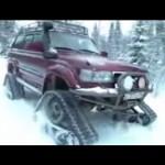 クローラー仕様ランドクルーザーが雪道を走破する映像