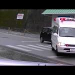 グランビア2B救急車(病院救急車)の緊急走行
