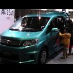 ホンダ フリード スパイク ハイブリッド 大阪アウトドアフェスティバル2014 HONDA FREED SPIKE Hybrid Outdoor Festival in JAPAN 2014