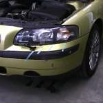 Volvo S60. 前バンパーのキズの板金塗装修理|東京都荒川区の和光自動車