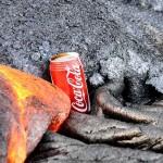 【必見!すごすぎ!】マグマの中にコーラを入れる実験!