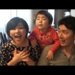 【再生回数600万回超え!】アナと雪の女王「とびら開けて」を歌う微笑ましい家族!