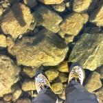 【幻想的で凄い!一見の価値あり!】凍った湖!完全透明の氷の上を歩く!