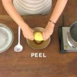 【超簡単!不器用でもできる!】茹でたジャガイモの皮を2秒で剥く裏技!