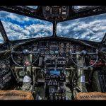 【大迫力!】飛行機のコックピットからの風景!
