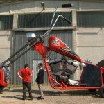 【ギネス世界記録2014からピックアップ!】ドラゴンロボット・ヤギ・四輪車・柔軟性・掃除機・スターウォーズ・バイク!