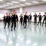 【ラインダンスがキレッキレ!】宝塚歌劇団の歌劇団稽古場の103期生の39人!