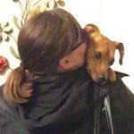 【甘えん坊の犬】イヌがなつきすぎて家から出られない!